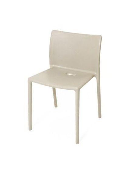 Cadeira_Air_Magis_1450C_Bege_Jasper_Morrison_1.jpg