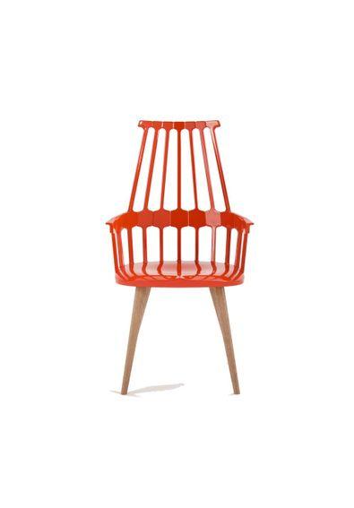 cadeira-comback-pes-madeira-kartell-patricia-urquiola-vermelha-alaranjada
